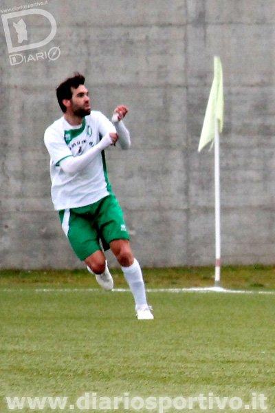 Christian Viani esulta dopo il gol del 3-1